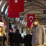 Компания Фридмана увеличит долю в крупнейшем мобильном операторе Турци
